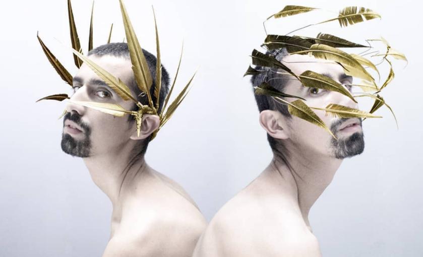 Los singulares tocados conceptuales del diseñador chileno Juan el ...