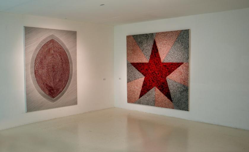 El origen (2018) y Estrella (2012) de Andrés Vio. Copyright del Parque Cultural de Valparaíso